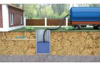Откачка канализации в частном доме: с помощью АМ или насоса