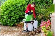 Как выбрать садовый электрический измельчитель веток, цена на популярные модели