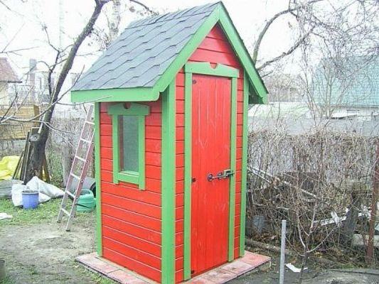 дачный домик-туалет