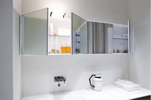 навесной шкафчик с зеркалом в ванную