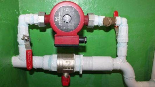 подключение циркуляционного насоса к водопроводной трубе