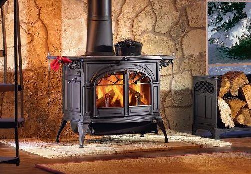 чугунная печь на дровах