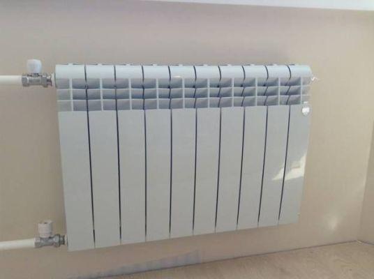 биметаллический радиатор отопления в работе