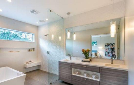 ванная комната с вентилятором