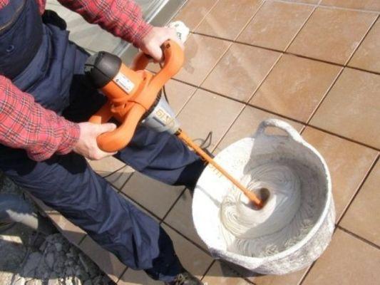 как готовить сухую смесь для затирки швов
