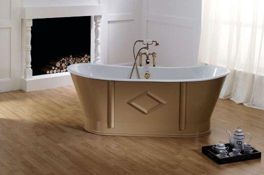 чугунная ванная в современном интерьере