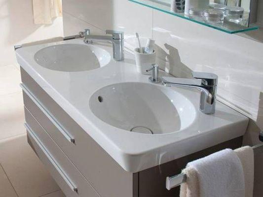 дозатор для раковины в ванную комнату
