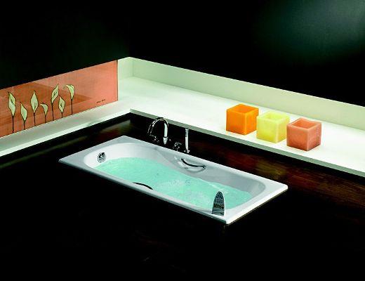 ванна в черном дизайне