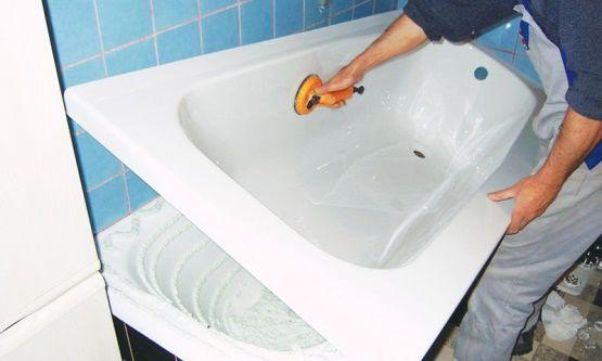 вставка вкладыша в ванну