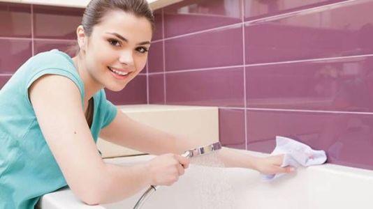как мыть акриловую ванну