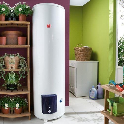 установка водонагревателя в прихожей