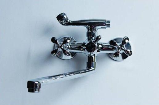 вентильный смеситель для ванны