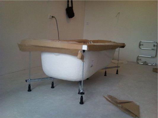 самостоятельная установка ванны