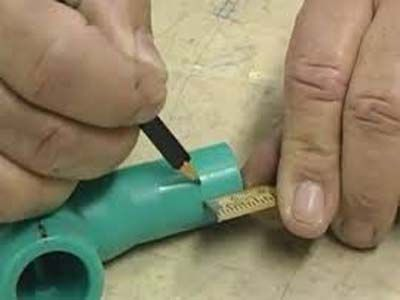 перед пайкой необходимо замерить трубы и фитинги