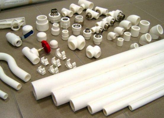 пластиковые трубы и фитинги для водоснабжения