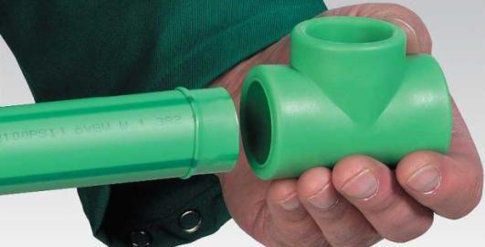 соединение трубы с фитингом