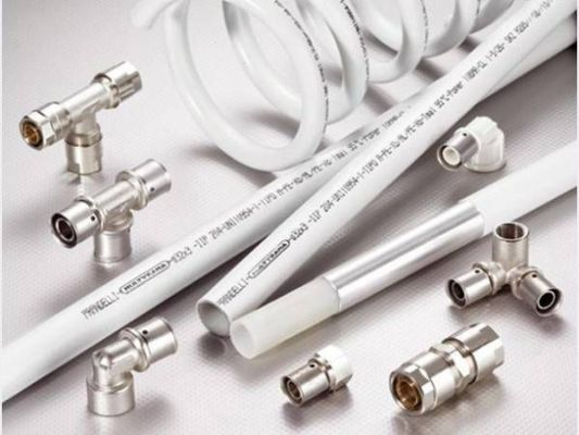 металлопластиковые трубы и фитинги для ванной и туалета