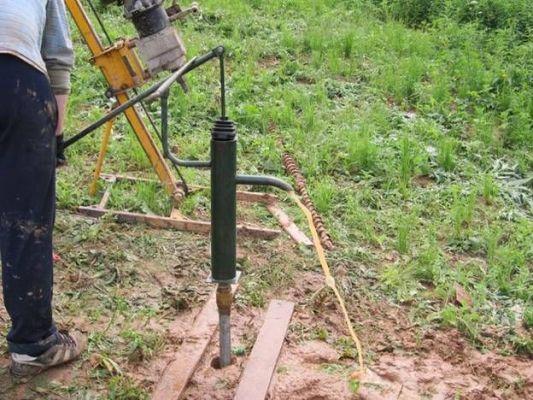 специальное оборудование для пробивки абиссинского колодца