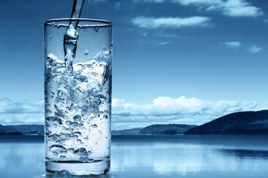 чистая вода из скважины