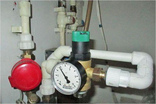 датчик напора водопровода